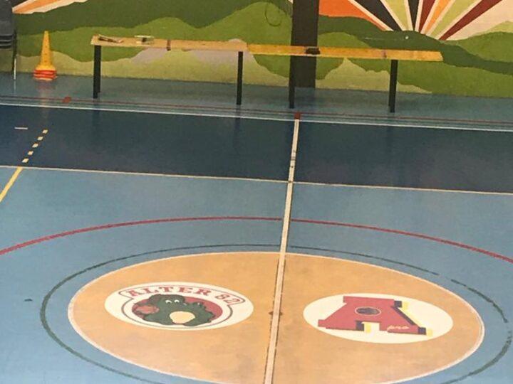 Palasport di Piossasco si rifà il trucco per la partita clou di questa settimana, tra le prime della classe.
